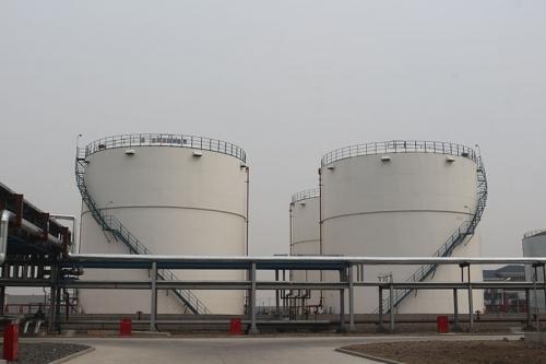 烷基化油罐